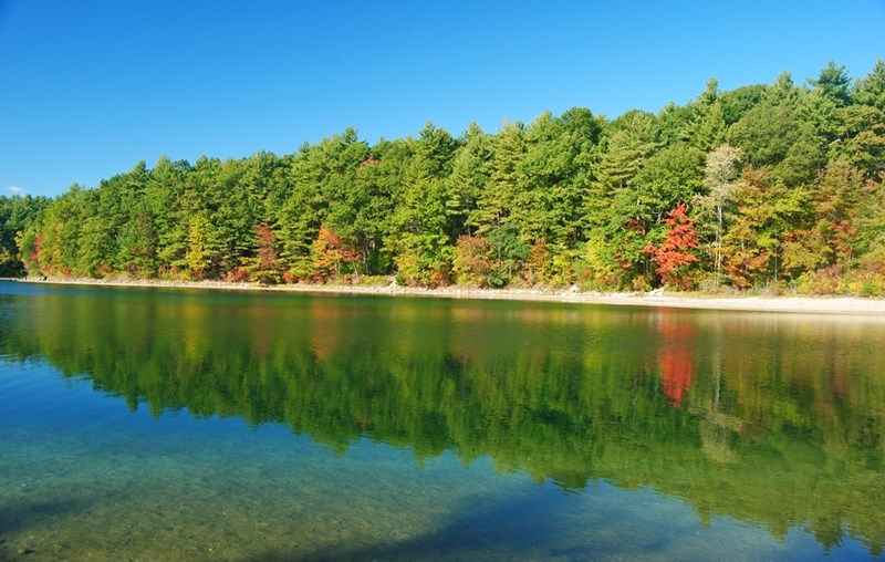 Walden_Pond beautiful scenery