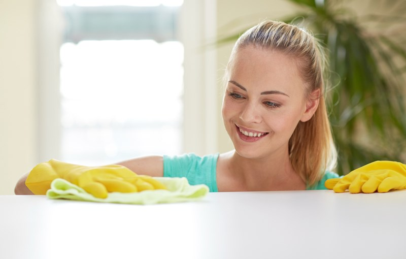 girl_cleaning_shutterstock_252454870-2